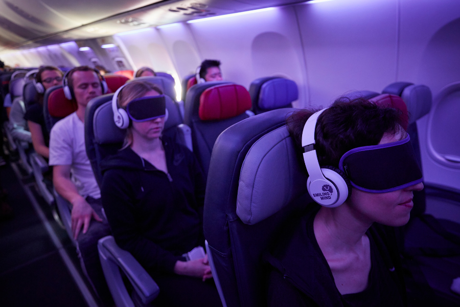 Smiling Mind partners with Virgin Australia to offer guided meditation on flights
